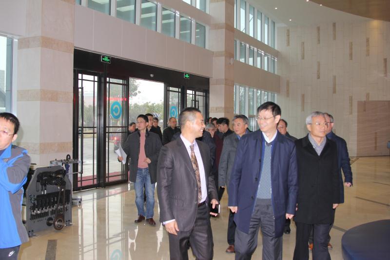 上海市副市长许昆林视察